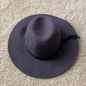 Never worn cute WOOL brown hat merona